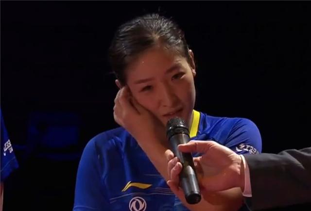 原创             东道主帮刘诗雯治病!用中文称她是老朋友 小枣感动得说不出话