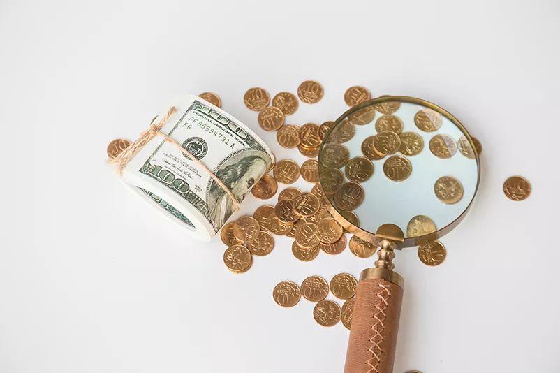 【产品月报】产品市场:特定持有期模式公募基金受力推,银行、信托等理财发行下降