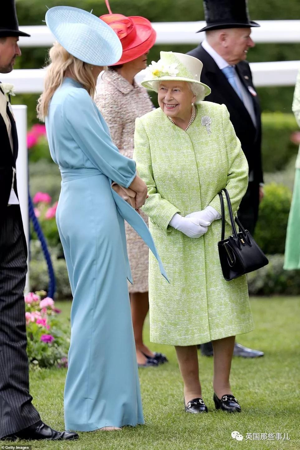 女王最爱的外孙离婚了!当年童话般嫁给王子啤酒女孩,决定离开王室...
