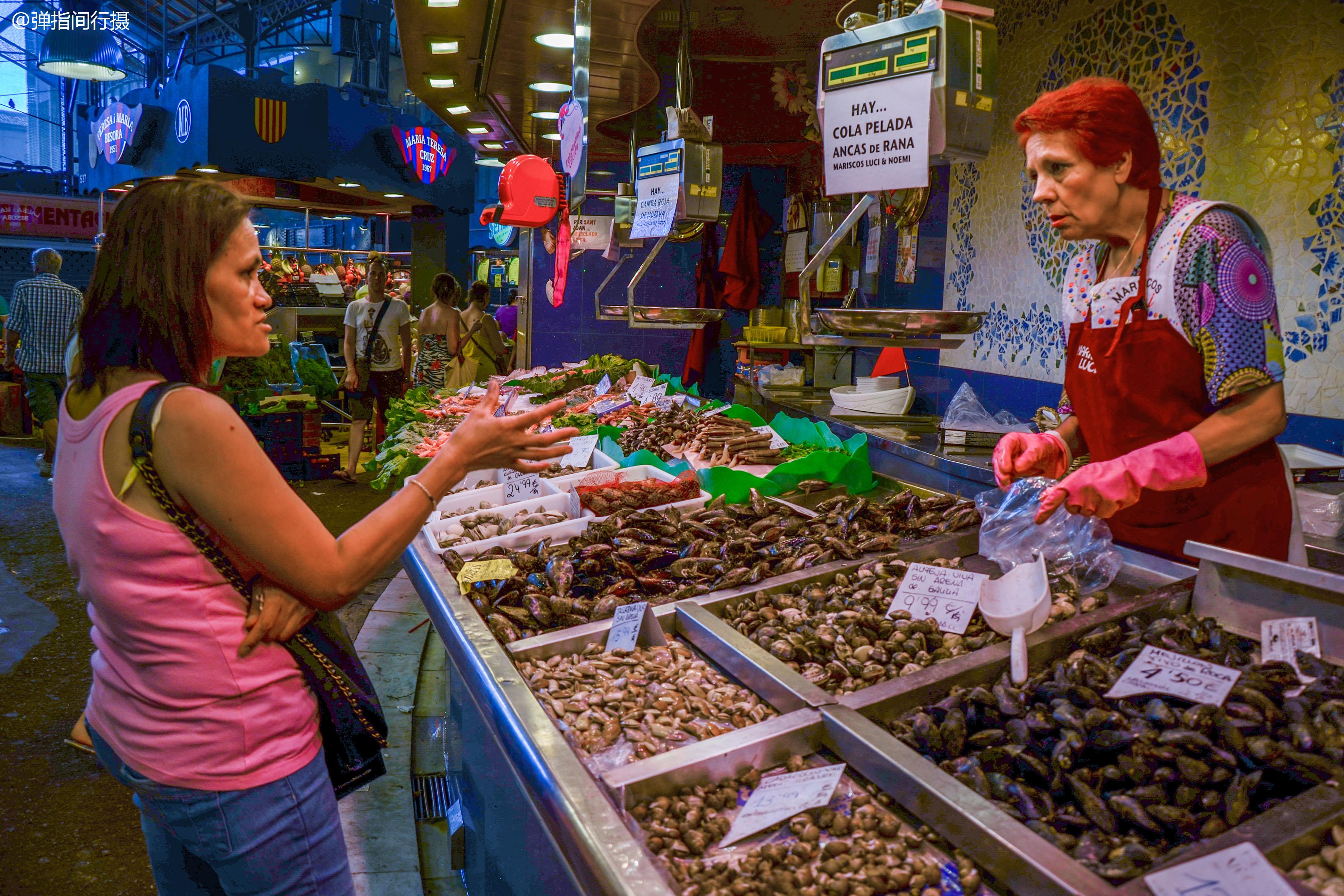 欧洲最大的菜市场,货品全价格低令人意外,且环境整洁有序无异味