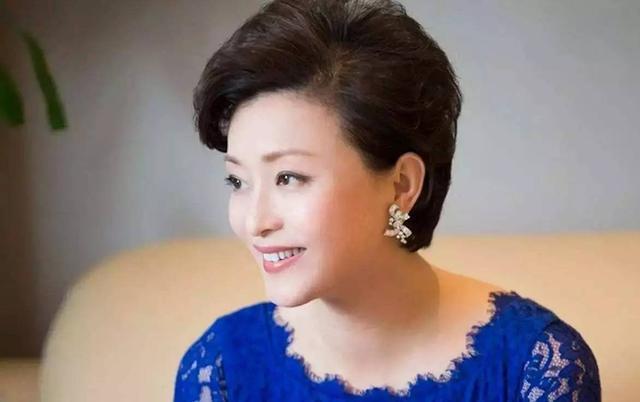 杨澜:一个妈妈最大的成功,就是让孩子成功离开自己