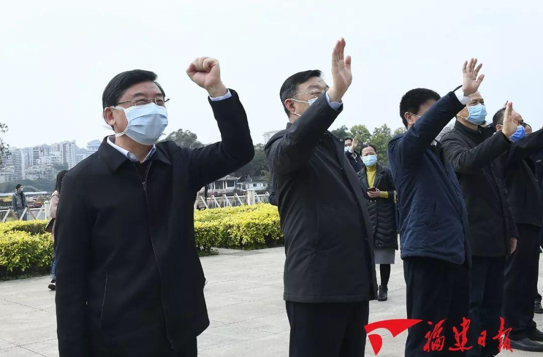 聚焦丨福建省对口支援湖北宜昌防治新冠肺炎首批支援队已经出征……
