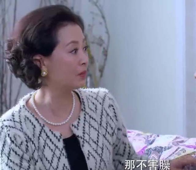 """原创57岁离婚女人二婚,儿女以断绝关系相逼,她:""""儿女债,已还清"""""""