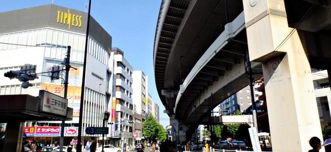 恰到好处的时尚与俗气──东京「三轩茶屋」车站周边