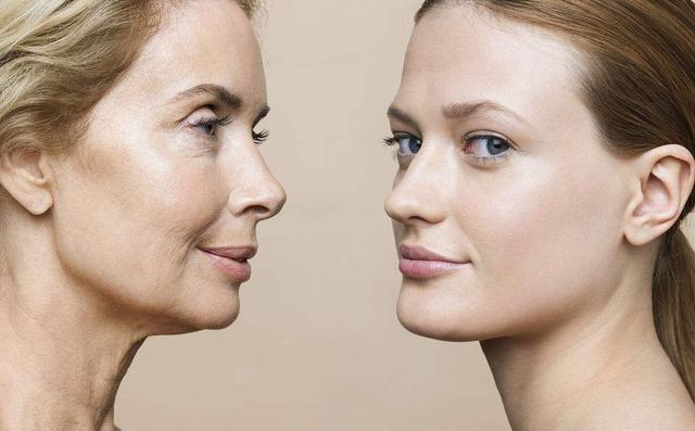 """原创女人多少岁开始会衰老?提醒:身体出现这6个""""丑态"""",该保养了"""