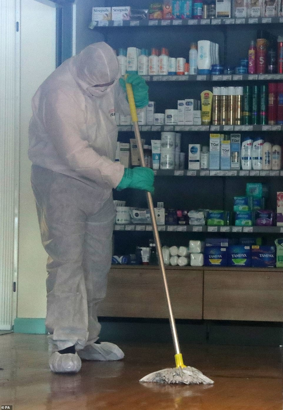 """英国新冠病毒肺炎""""超级传播者""""已经痊愈,此前感染至少11人"""