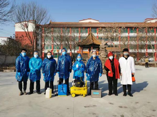 太原市烛光志愿服务中心携手山西心呼吸环保科技有限公司开展疫情防控义务消毒