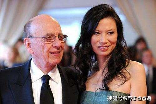 37岁的水果娜:比邓文迪更厉害,生了5个孩子,是LV太子妃