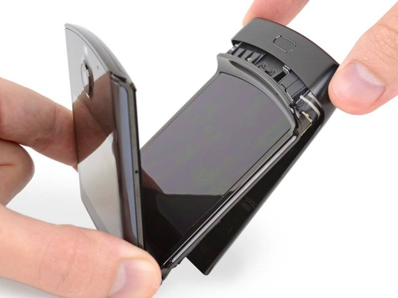 摩托罗拉 Razr 是 iFixit 迄今拆过结构最复杂的手机
