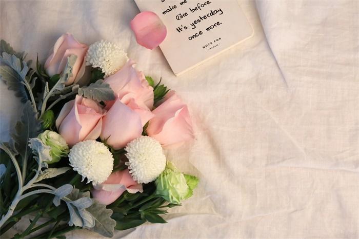 情人节花卉市场低迷 仅一天就销毁上百万支玫瑰