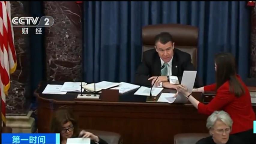 美国国会参议院通过决议:限制特朗普政府对伊朗采取军事行动