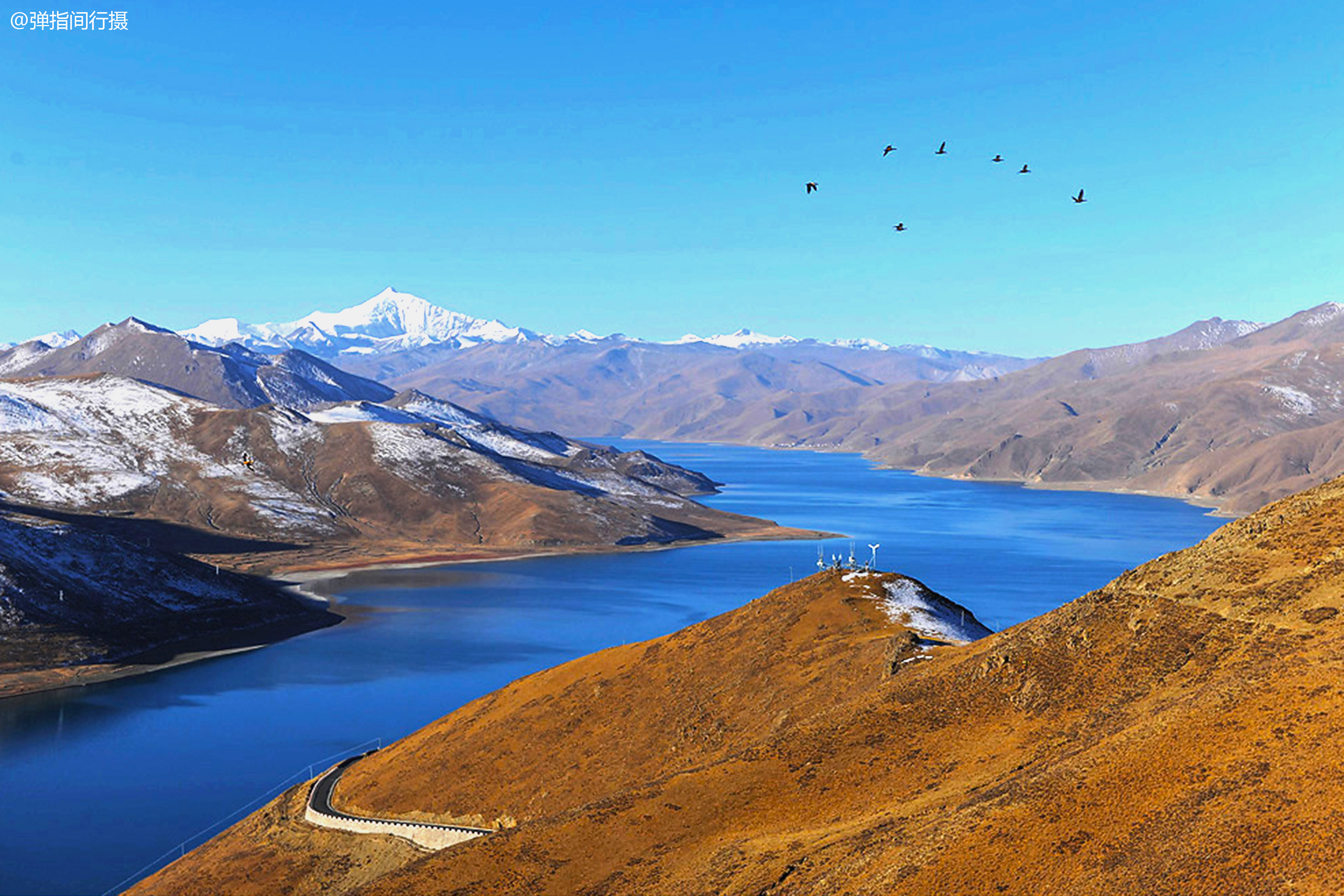"""西藏最壮美的""""圣湖"""",面积是杭州西湖70倍,蕴藏鱼类8亿公斤"""