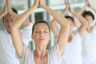 原创压力大导致彻夜难眠?不妨试试瑜伽,或能缓解压力,提高睡眠质量