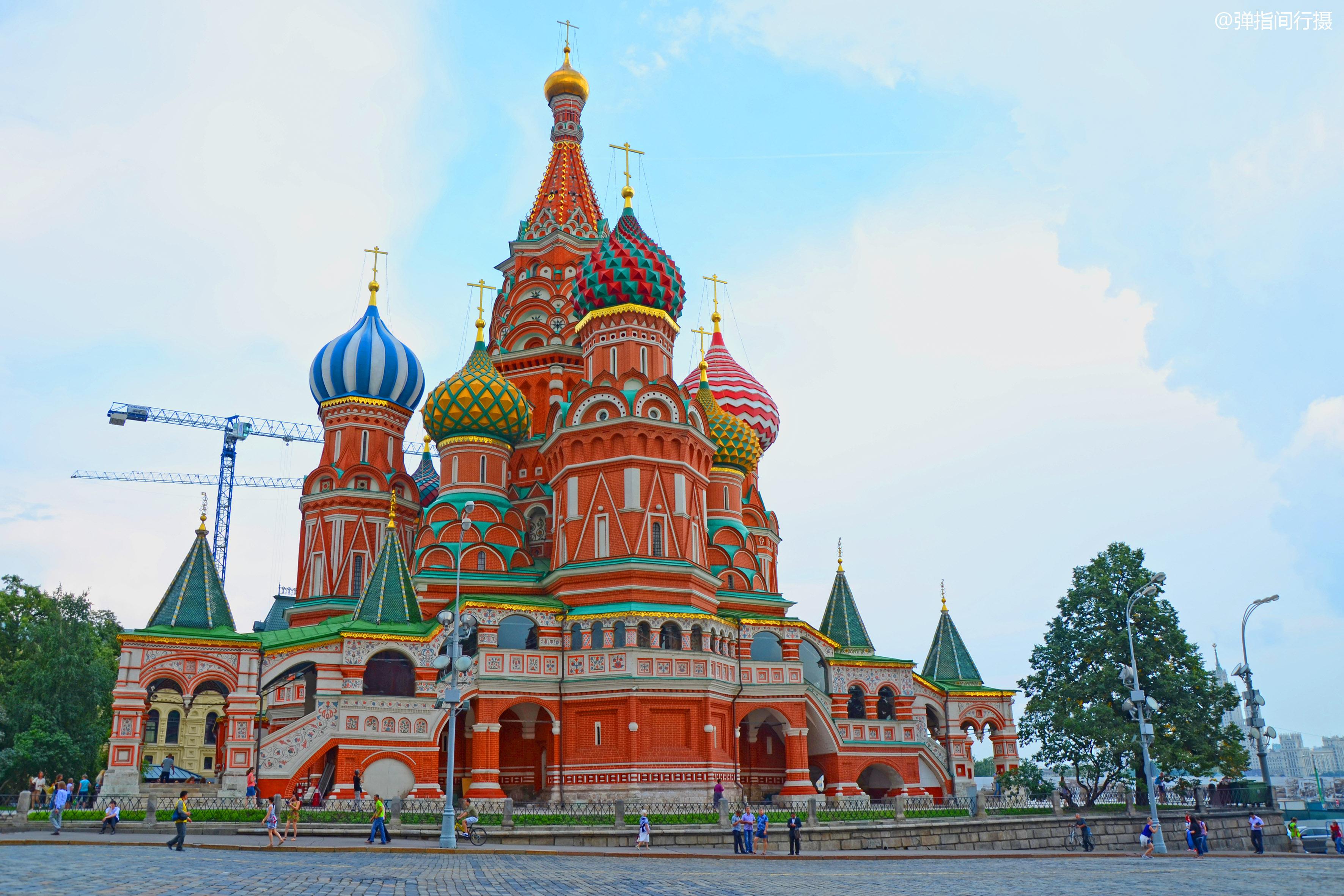 """俄罗斯""""最精美""""的教堂,宛如彩色梦幻城堡,是该国最火旅游地标"""