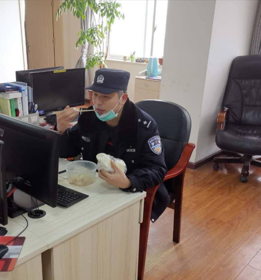 枣阳:忘记生日的逆行民警