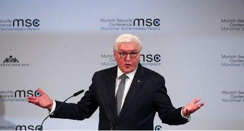 """当着蓬佩奥的面,德国总统严正驳斥""""美国优先"""":伤害了所有人"""