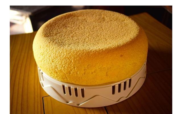 一个电饭煲就可以在家做美味蛋糕