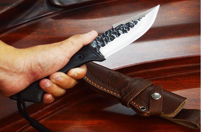 兵器越怪异,死得越快!造型最独特的军刀,第2被国际禁用