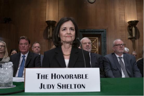 """美联储提名听证会变""""个人秀"""",鲍威尔潜在接班人到底有多""""颠覆""""?"""