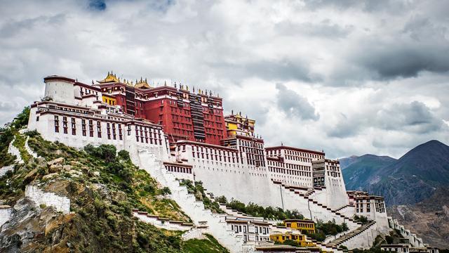新馆病毒肆虐,为何西藏现在是唯一的净土?一文读懂这背后的真相