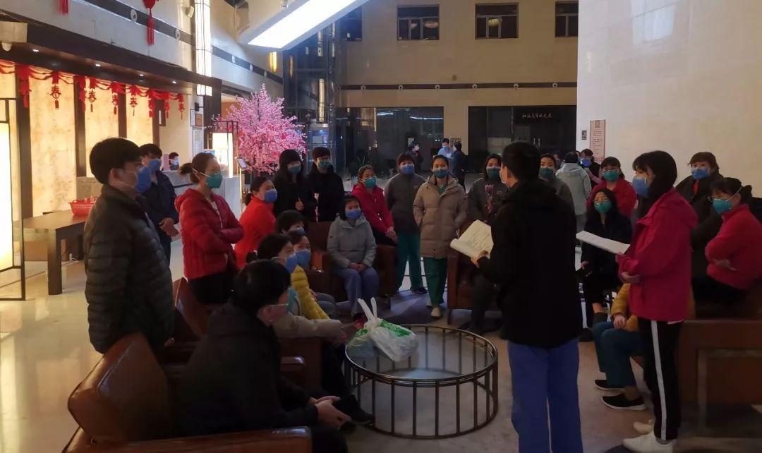 普通病房紧急改重症监护室 ,一场冒着生命危险的抢救——北京医疗队驰援武汉随行采访日记