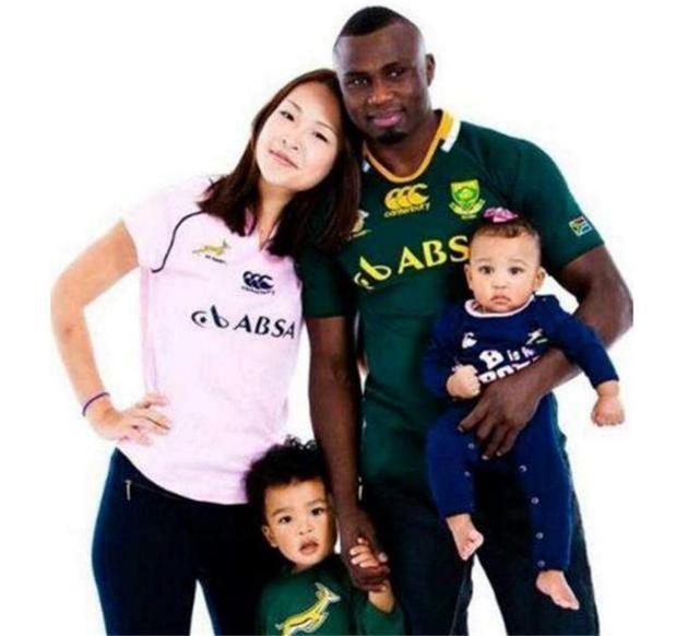 嫁给黑人拳王的中国女孩,3年生下2个混血宝宝,完美继承父亲基因