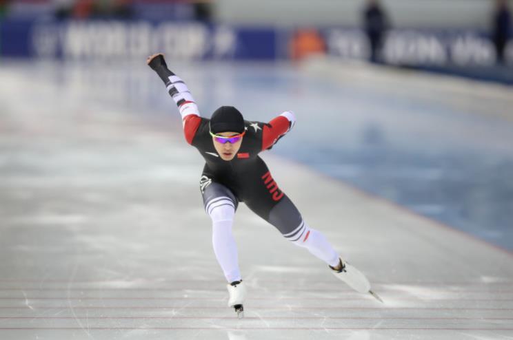 速滑世锦赛美国站:宁忠岩1000米第13 两女将创最佳