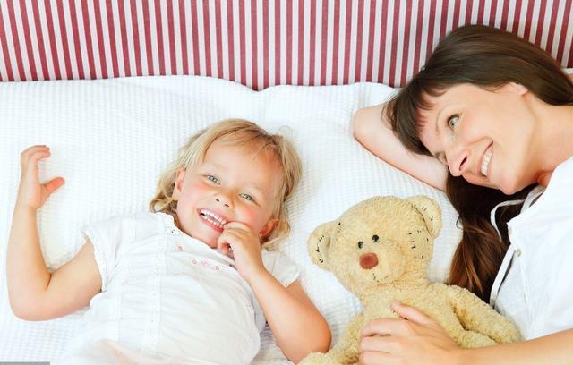 5岁女儿总是抓下身,妈妈着急带医院检查,医生:要有思想准备