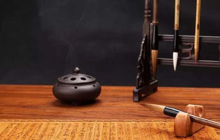 (二十五)国际体之毛笔英文书法圆体大写字母长横写法