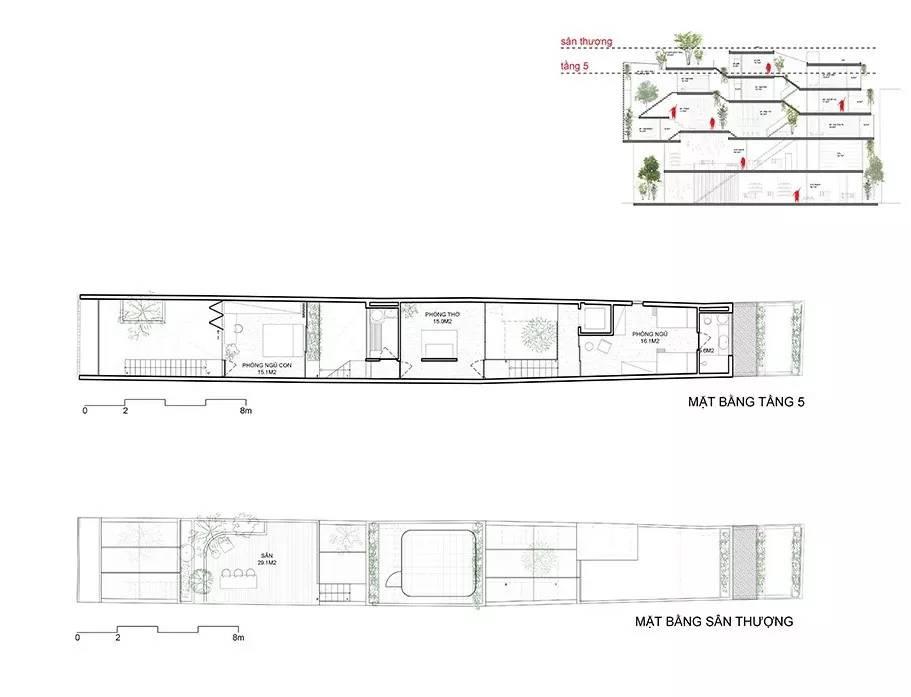 △五层、屋顶平面图   房子虽然狭长但通过叠层设计,内部空间、采光和通风都极好▽   客厅、餐厅、厨房等公共区域被设置在不同的楼层,使整个室内空间有一定的连续性,也更容易保持家庭人之间的沟通.