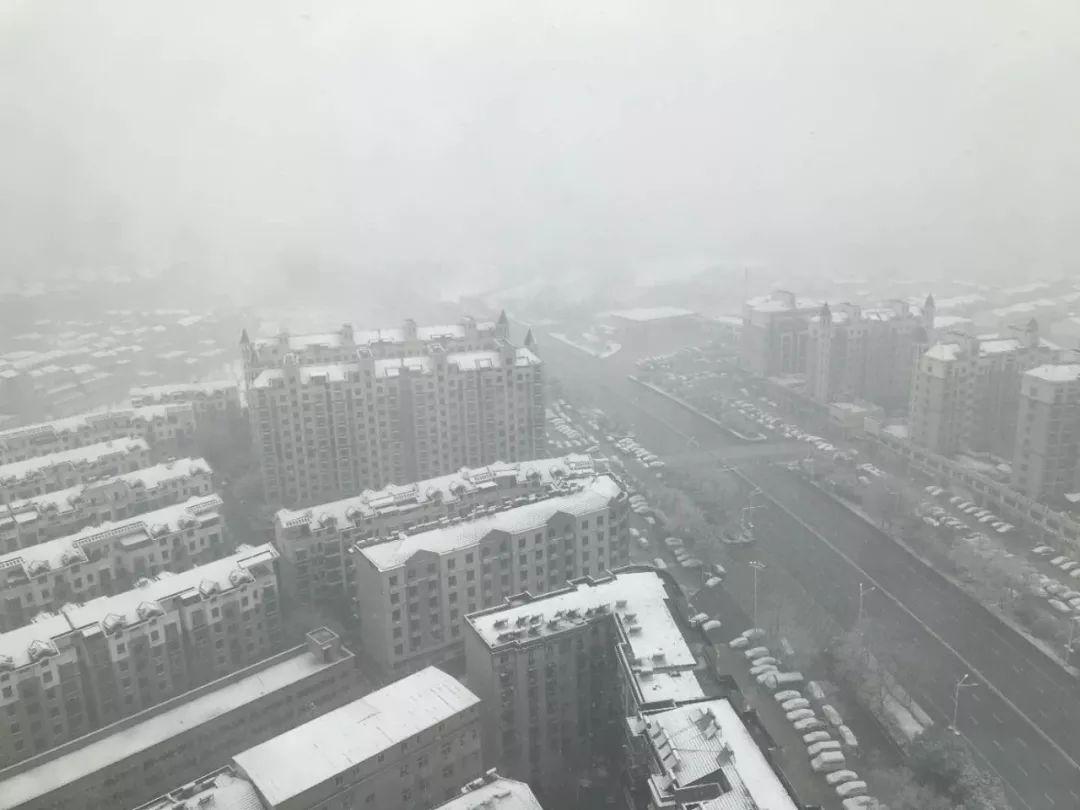 【战武汉日记十三】今天,武汉下雪了,也迎来了广西第四批赴湖北抗疫医疗队