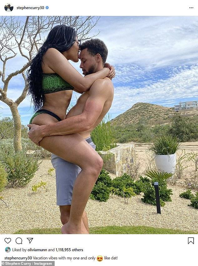 令人羡慕!NBA球员打全明星,库里带着老婆去度假好不逍遥