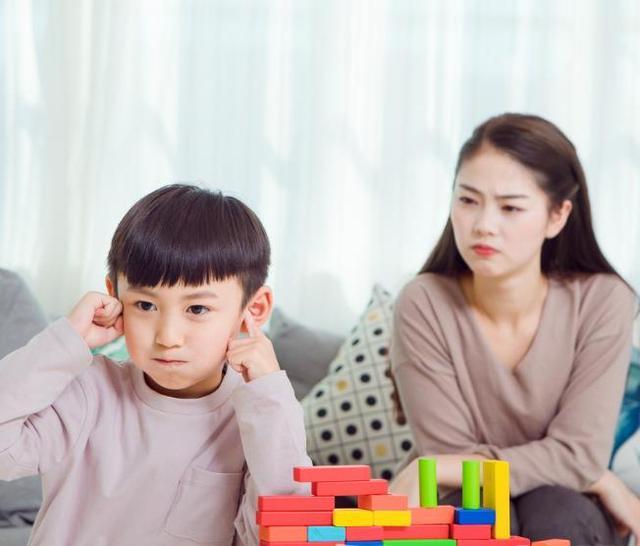 和孩子频繁地讲道理,只能说明妈妈情商低!