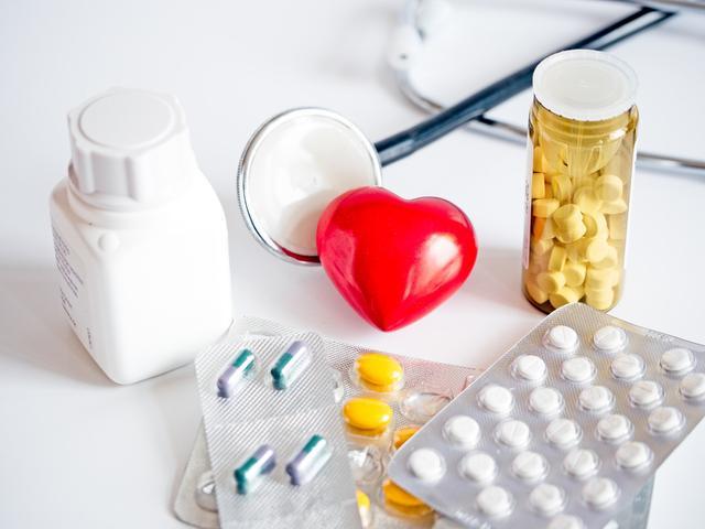 心血管疾病的人是不是更容易被新冠病毒感染?有何依据?