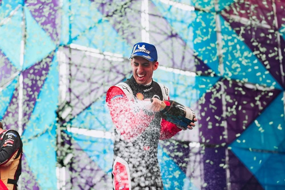 日产e.dams车队首次登上第六赛季电动方程式锦标赛领奖台