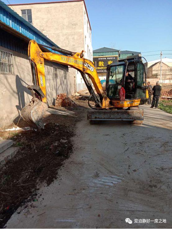 南席镇:强化环境卫生整治 筑牢防控基础防线
