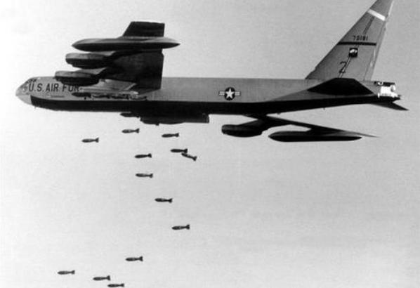 原创美国投弹前,撒下6300万张传单通知撤离,日本人为何不撤?