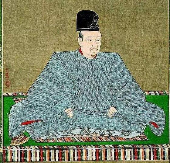 日本的后阳成天皇却想把皇位传给弟弟而不是儿子。这又是怎么回事呢?