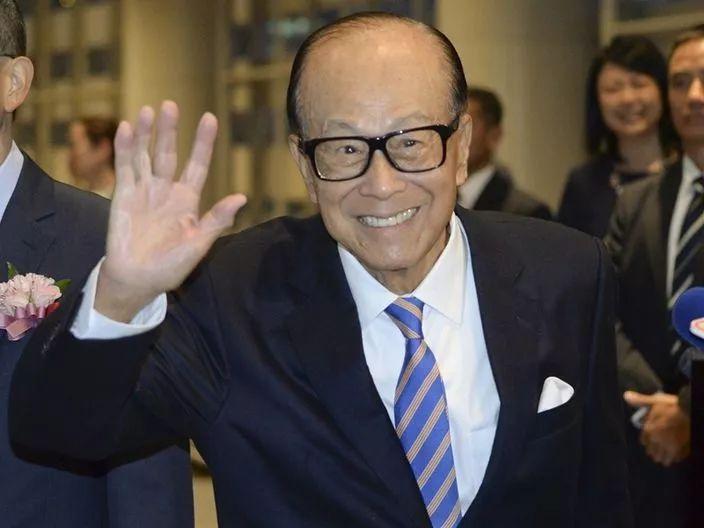 李嘉诚捐25万口罩,动用全球网络采购物资,这些香港富豪太给力了!
