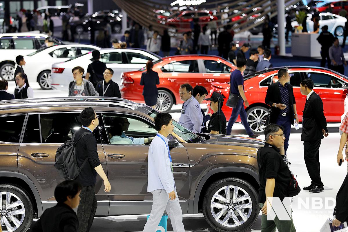 """汽车消费受鼓励:汽车股开盘大涨,一线城市限购如何""""松绑""""?"""