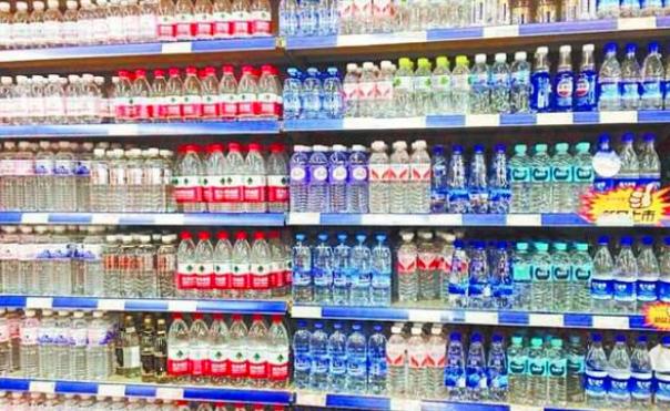 反超康师傅娃哈哈,国内瓶装水新的霸主出现,它一年营收超200亿