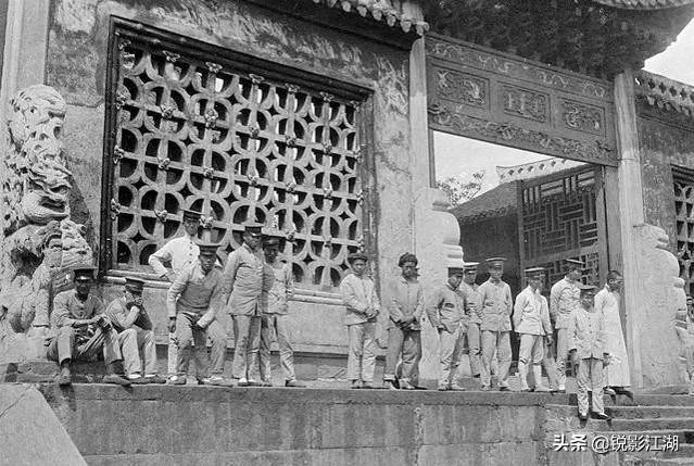 黑白照 这是1917年的重庆