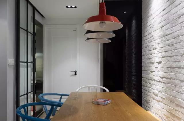 【装修设计头条】看到同事有这样的房子,羡慕,户型小但是设计好啊