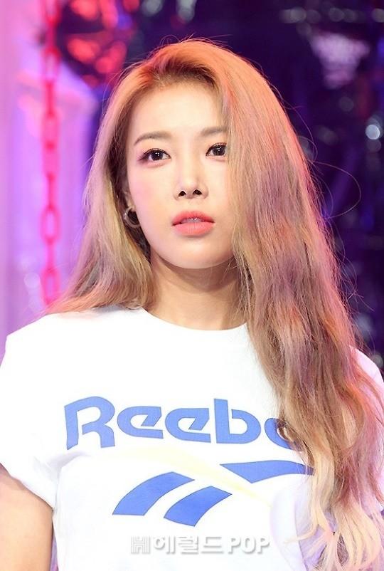 """[星闻]金婑斌离开JYP后成立新娱乐公司""""作为艺人和代表将竭尽全力"""""""