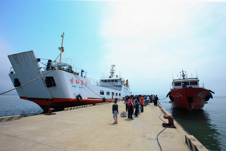 哈仙岛客船