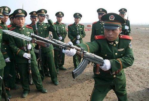 原创            中国有一款步兵武器居然被联合国禁用了?这谣言也太没技术含量了吧