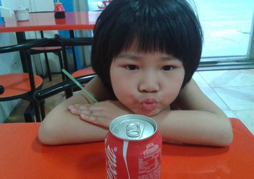"""『育儿趣乐园』""""黑名单""""饮料成娃的最爱,3种饮料孩子经常喝,伤脾胃还不长个"""