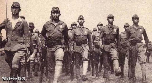 二战日本投降后,国内究竟还剩下多少男人?和你想的不一样