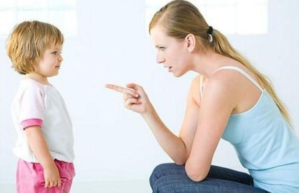 孩子撒谎多半是这些原因,耐心引导,就会对孩子成