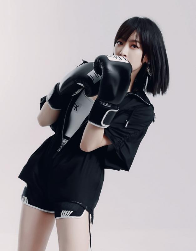 宋茜拍時尚運動大片,短發配拳擊手套太颯,粉絲:別打拳打我吧